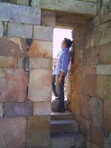 Neel at the Qutub Minar in Dehli